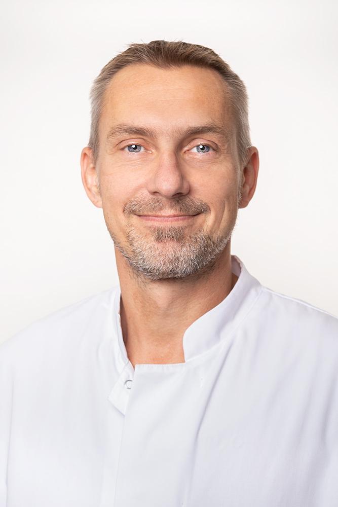 Dr. med. Hans Groh